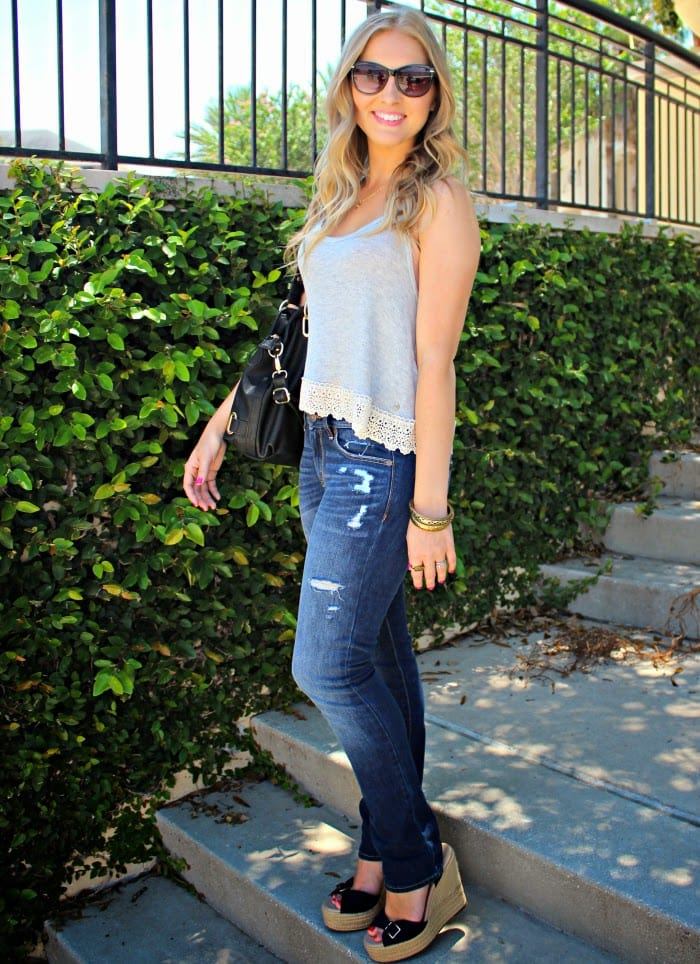 Like any American girl, I basically live in jeans. They're comfortable,  flattering, and can be dressed up or down with the addition of a few  accessories.
