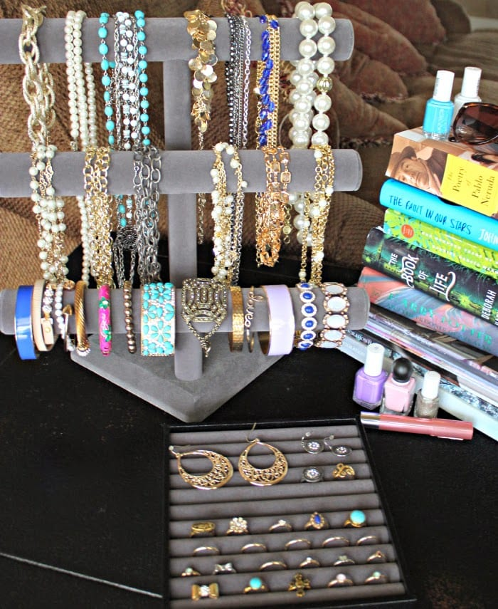 How I Organize My Jewelry Collection Summer Statement