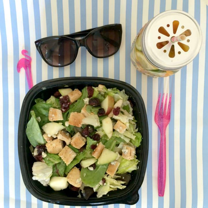 wendys-salad-#beyondthebowl