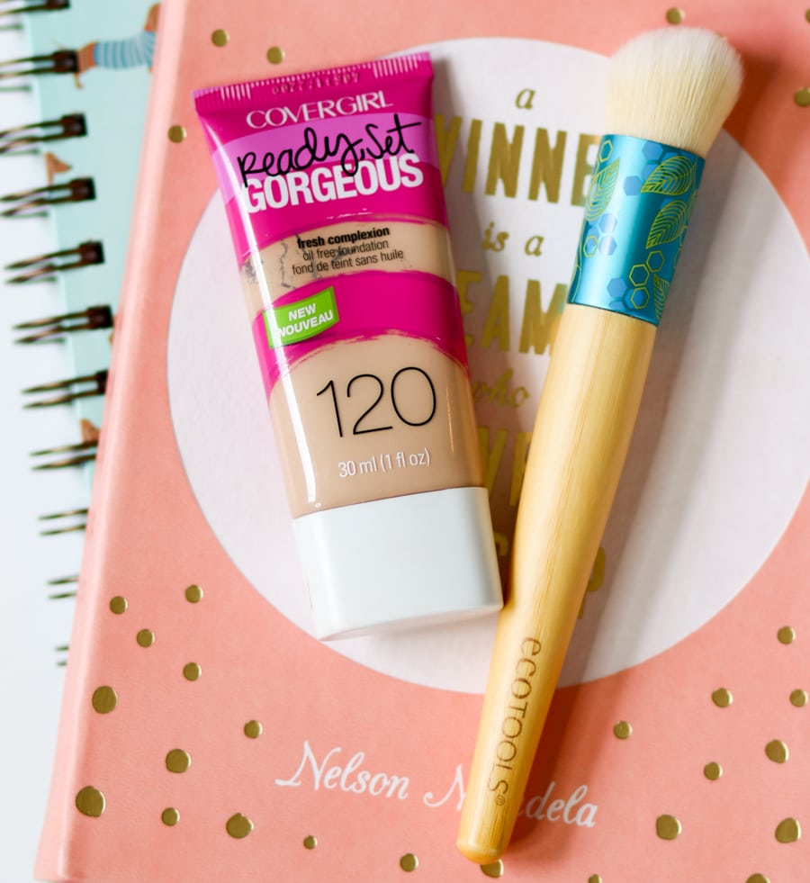 Easy back to school no-makeup makeup tutorial featuring Burt's Bees and EcoTools on Ashley Brooke by Ashley Nicholas