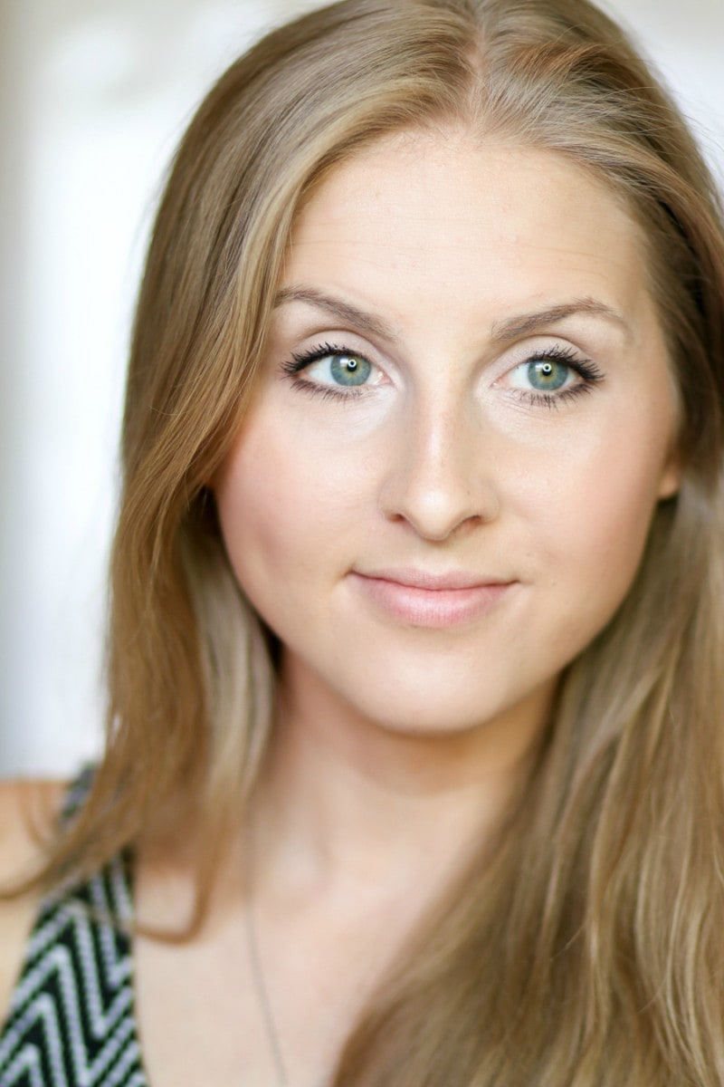 no-makeup-makeup-back-to-school-tutorial-ashley-brooke-10
