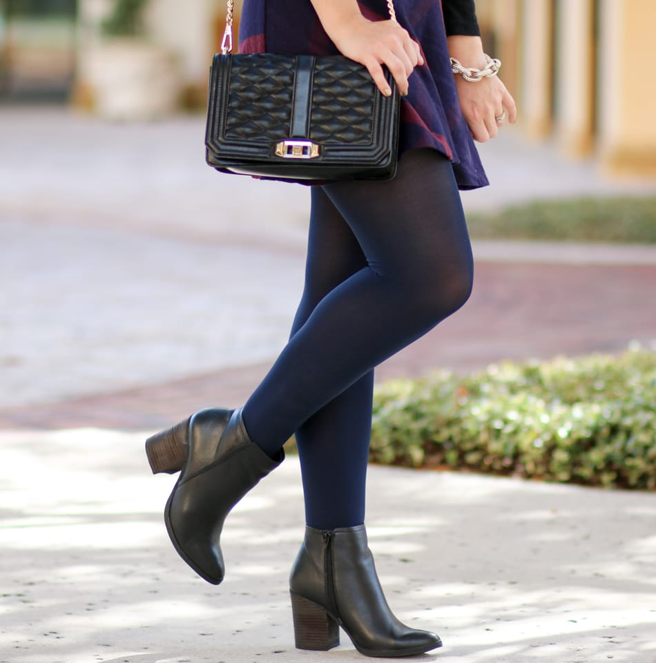 Fall-Plaid-Outfit-Navy-Tights-DSW-5996