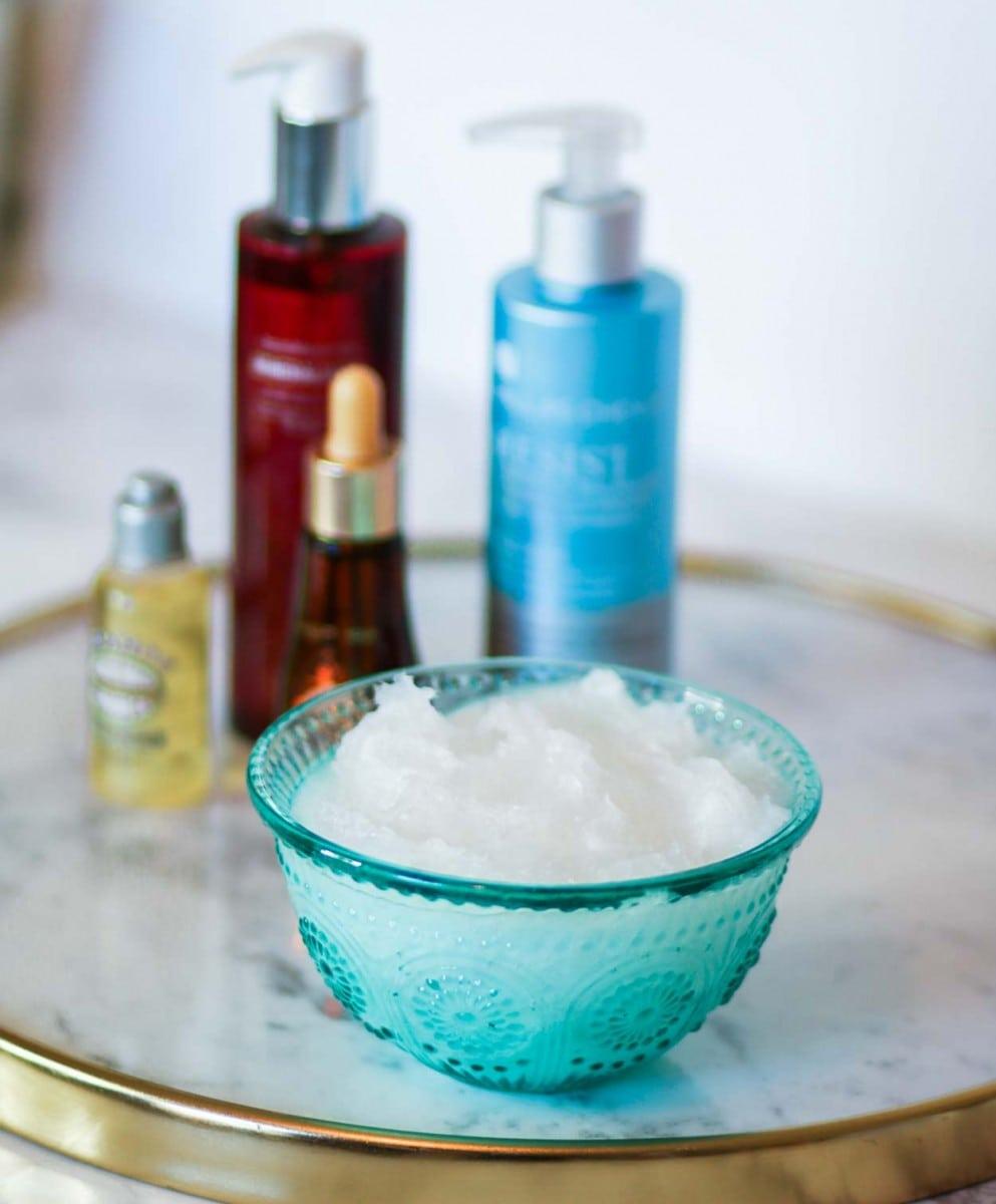 coconut-oil-skincare-9330