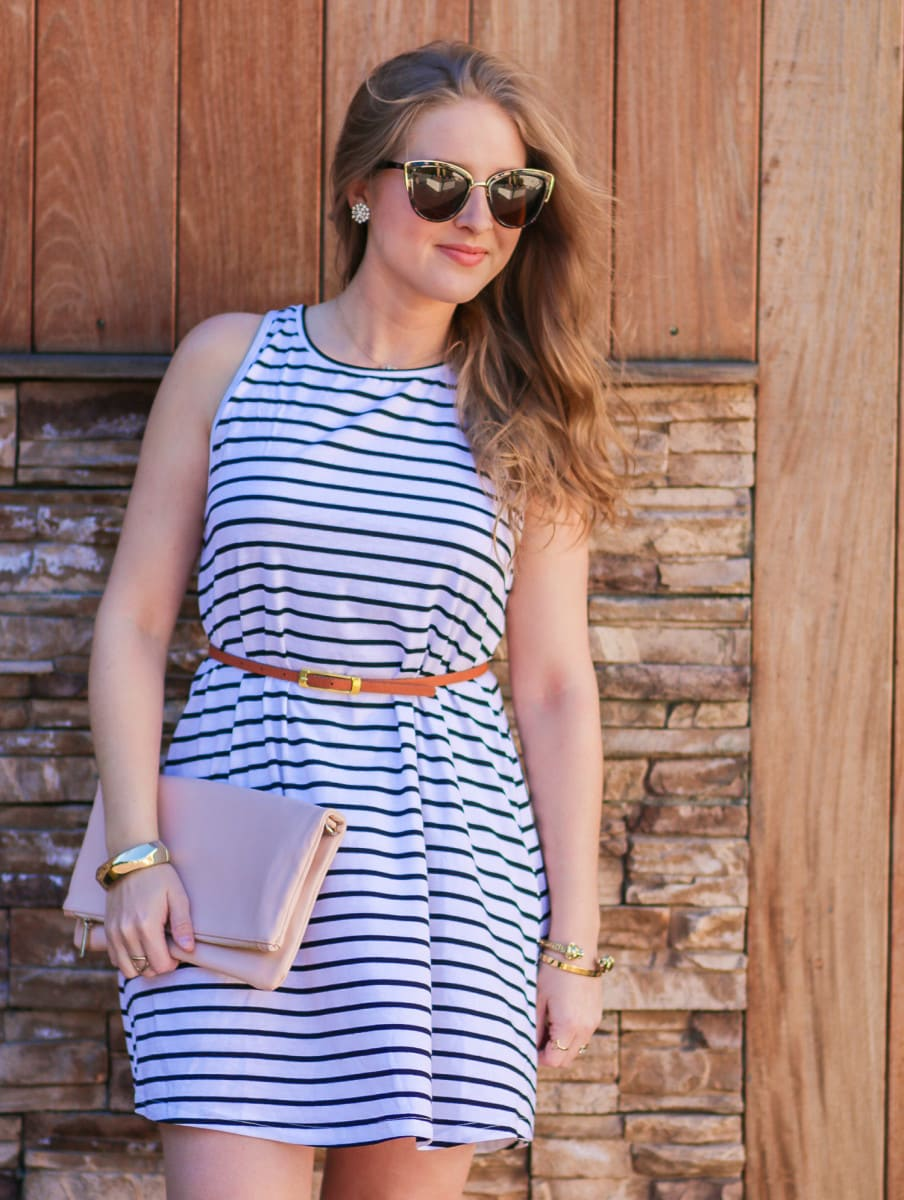 Ashley Brooke Nicholas styles an affordable striped dress that's perfect for spring break or summer vacation at the Pacific Edge Hotel in Laguna Beach, California!