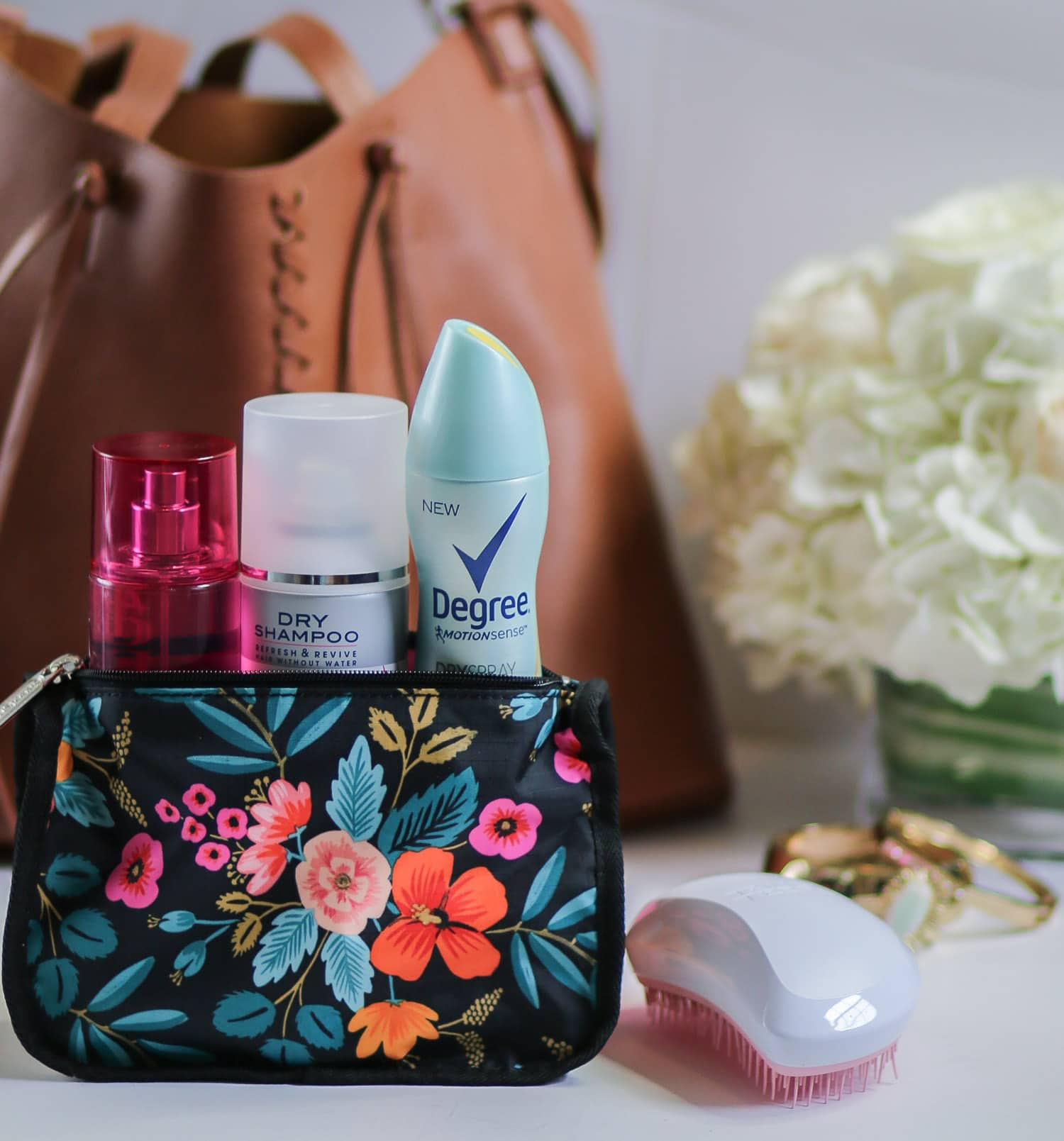 gym-bag-beauty-essentials-0732