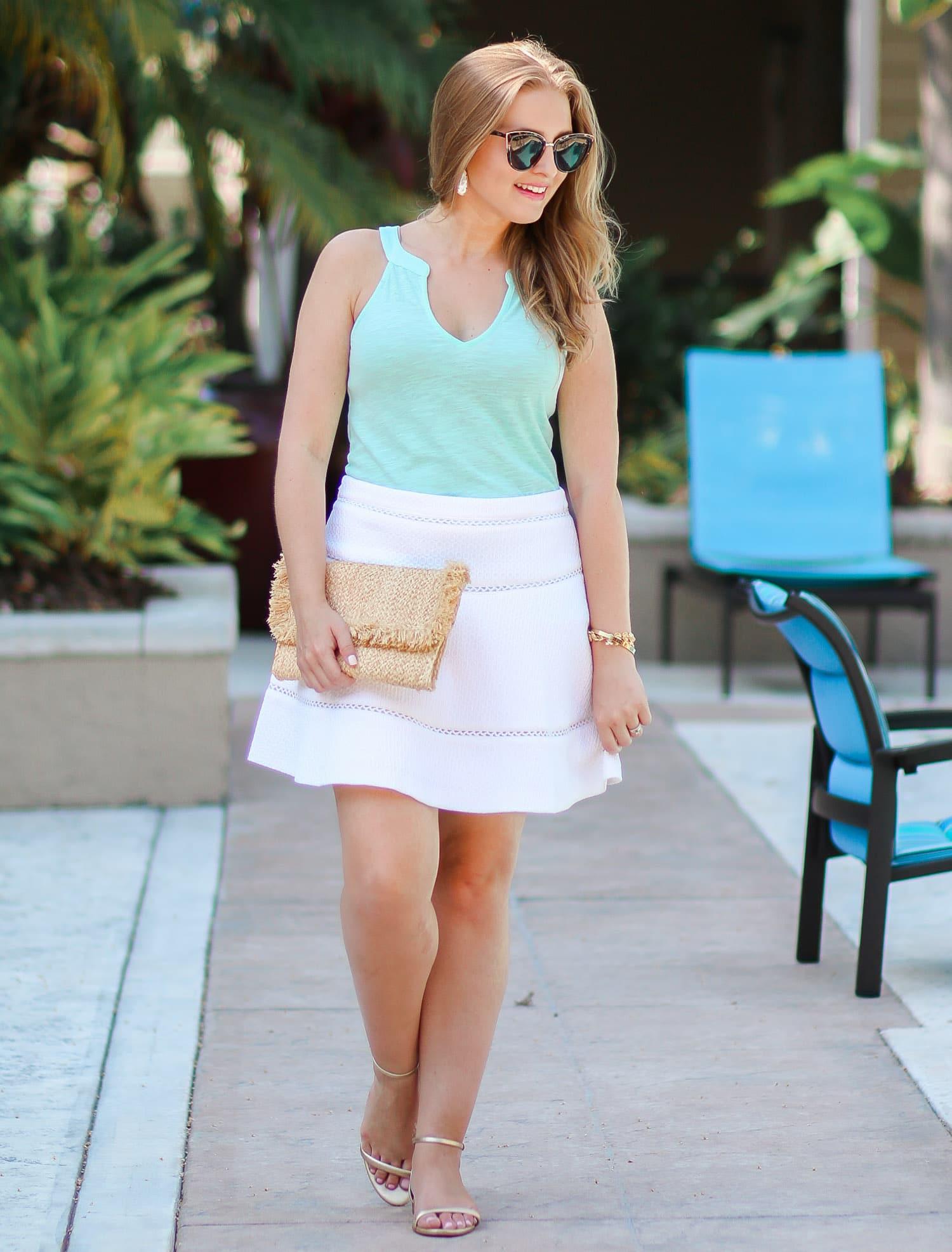 lilly-pulitzer-arya-gold-pineapple-sandals-quay-my-girl-sunglasses-banana-republic-white-skirt-ashley-brooke-3106