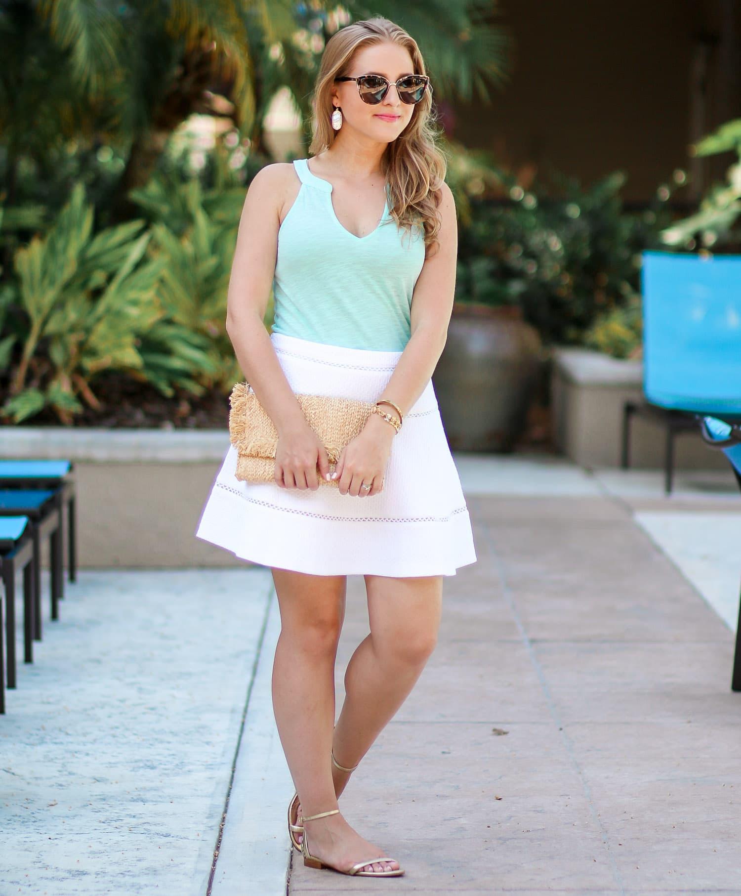 lilly-pulitzer-arya-gold-pineapple-sandals-quay-my-girl-sunglasses-banana-republic-white-skirt-ashley-brooke-3115-11