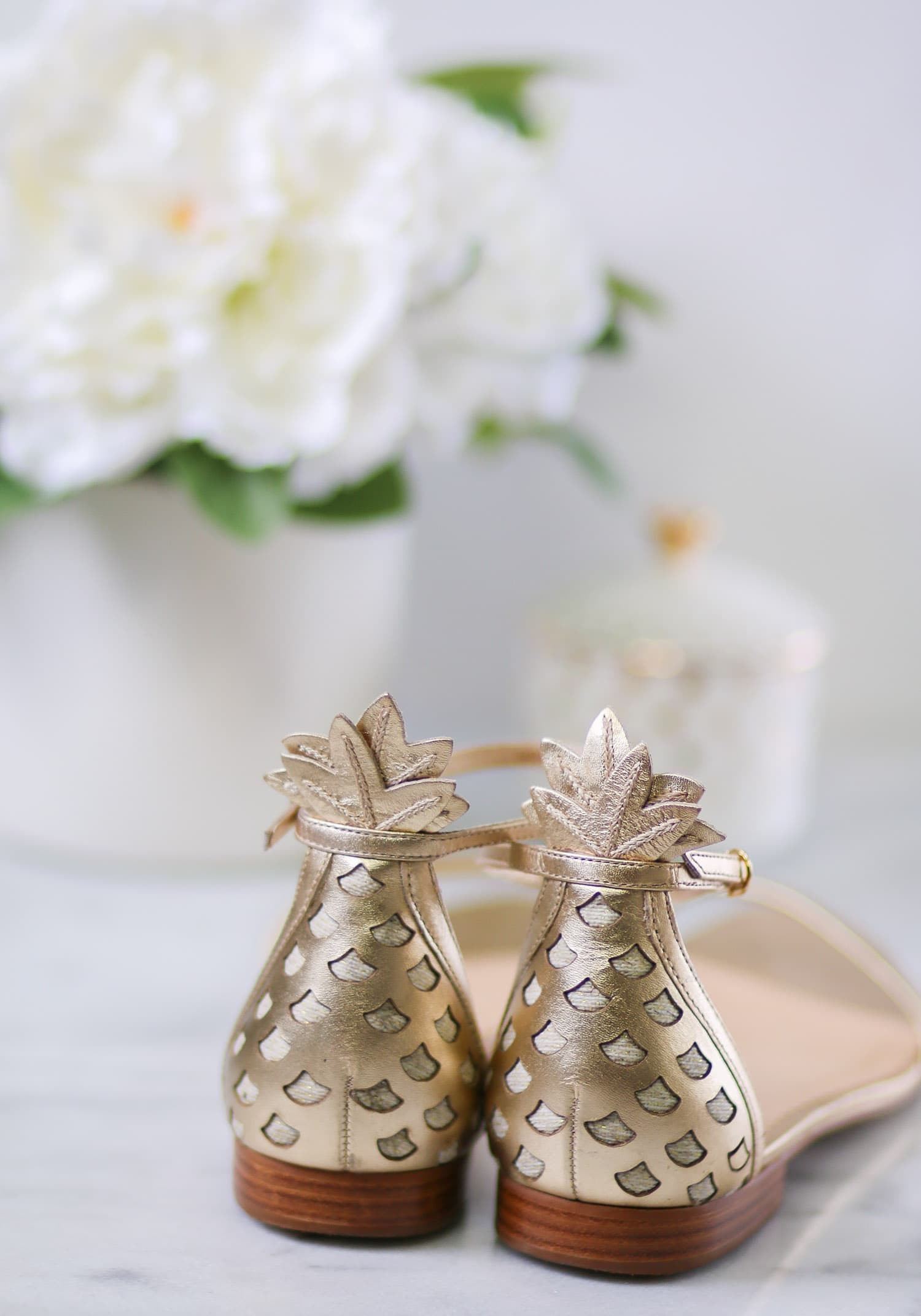 Lilly Pulitzer Laura Gold Pineapple Sandals