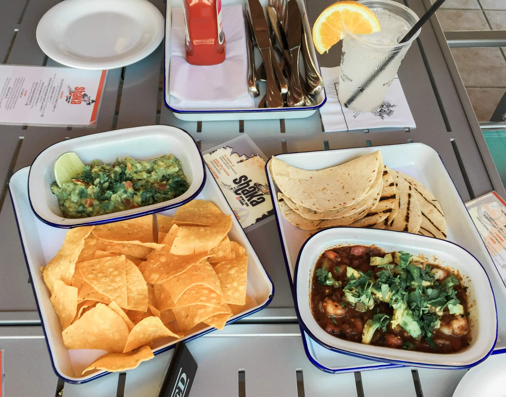 Shaka Bar and Grill restaurant review - including guacamole with chips, ceviche, and shrimp tacos + A full review of the Boca Raton Resort & Club by blogger Ashley Brooke Nicholas