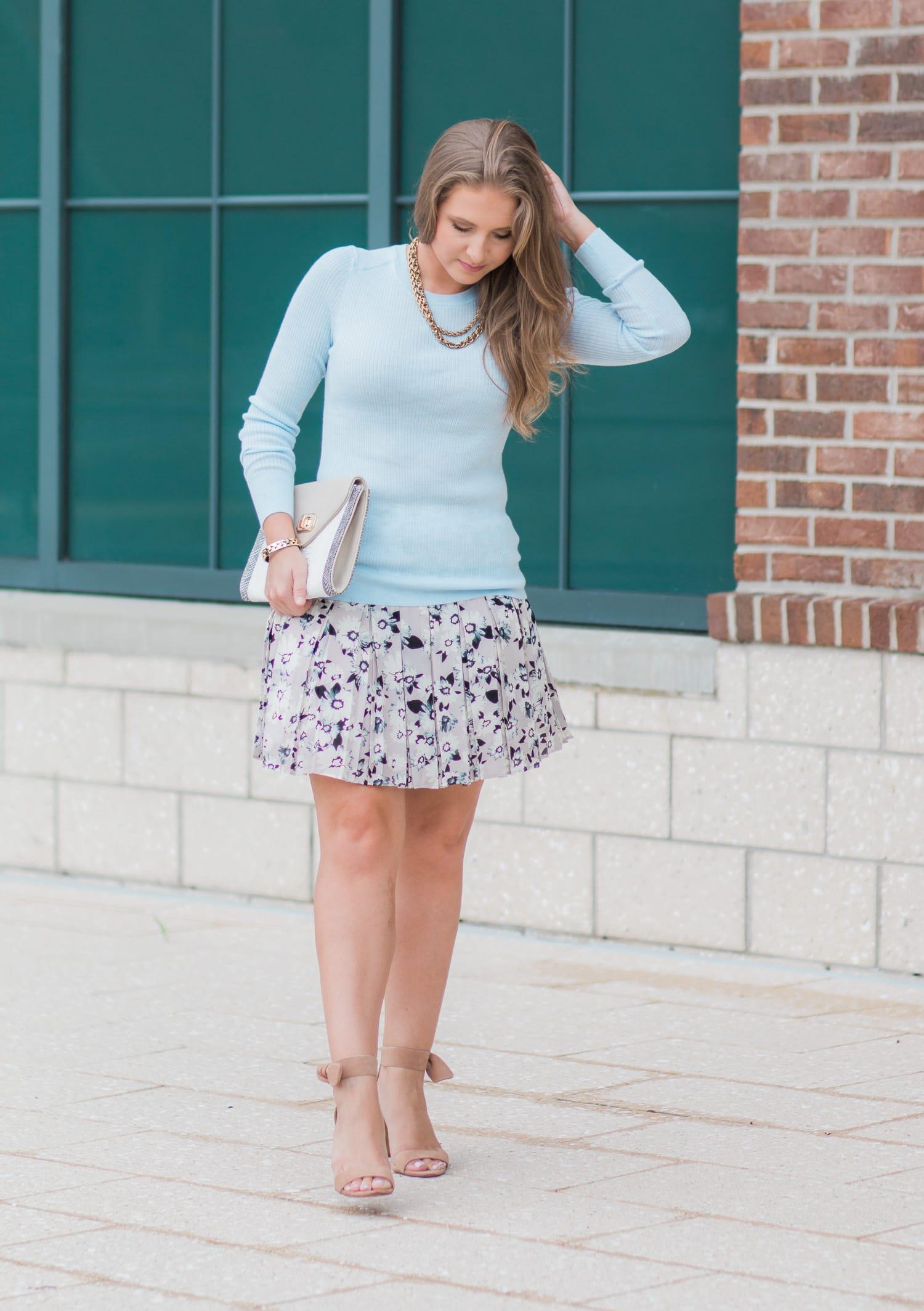 Summer to Fall Banana Republic Outfit | Ashley Brooke Nicholas