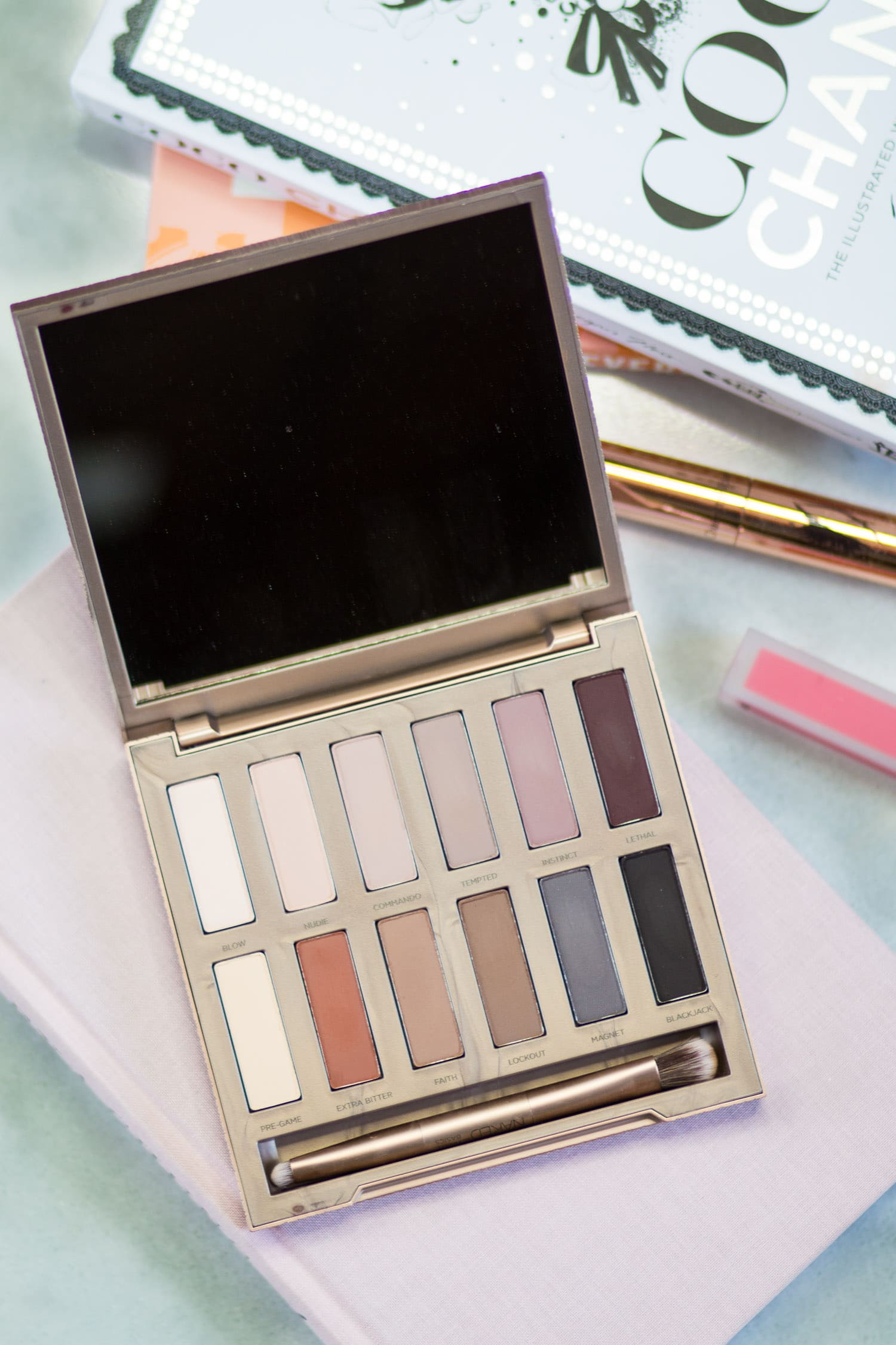 urban-decay-naked-ultimate-basics-palette-review-swatches-8939