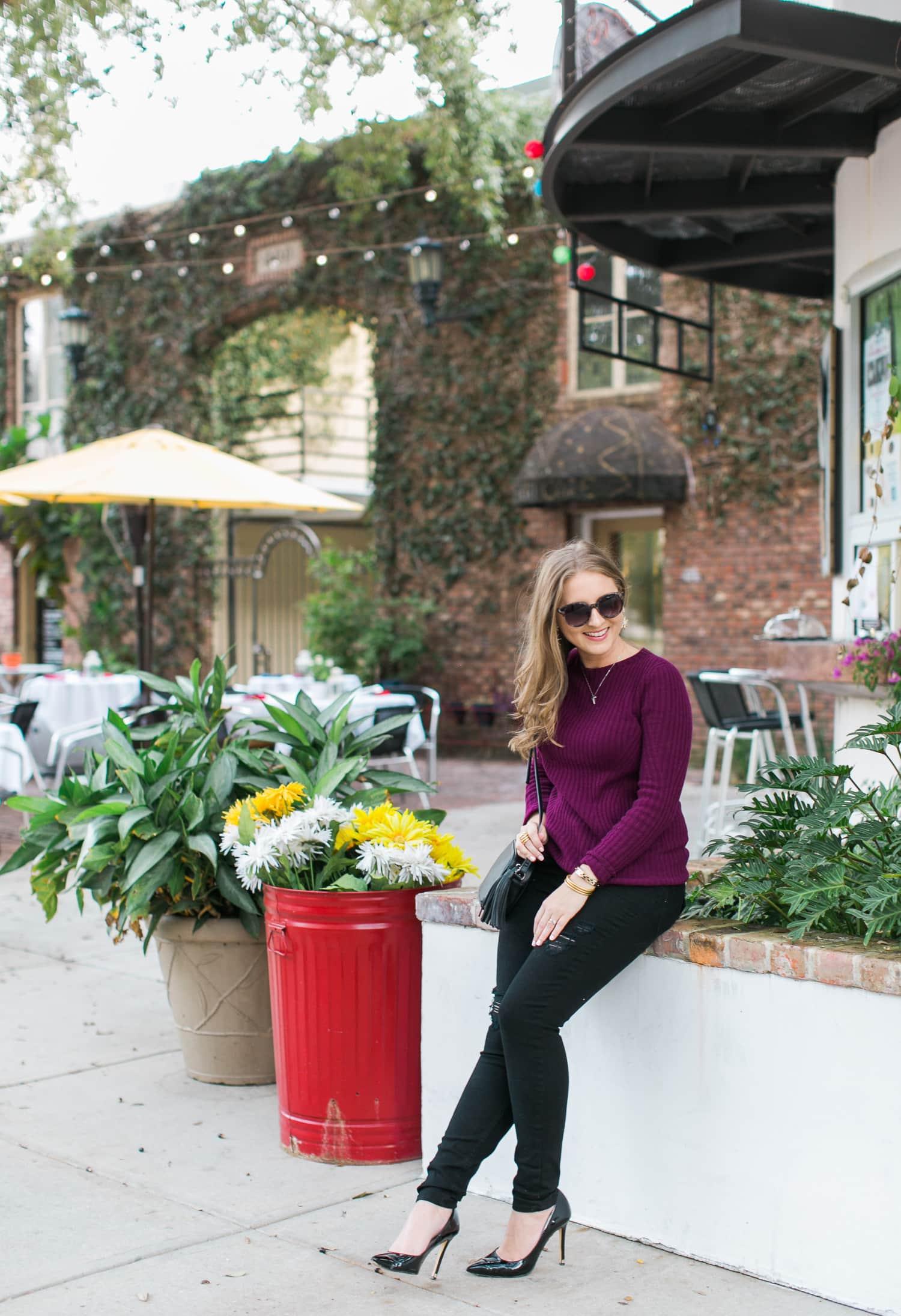 black-ripped-jeans-retro-round-sunglasses-burgundy-cashmere-sweater-black-pointy-toe-pumps-tassel-handbag-ashley-brooke-nicholas-046