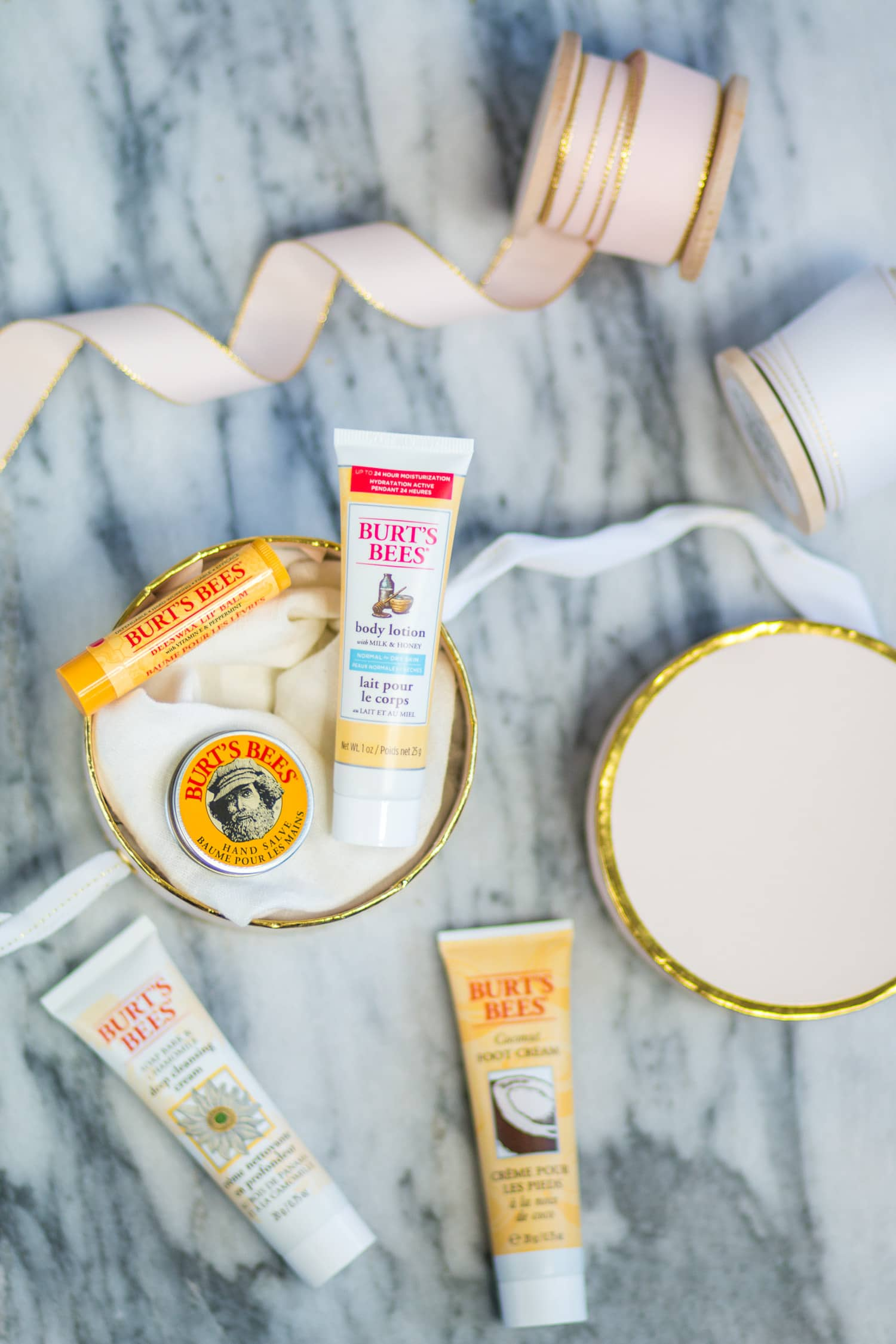 Gift Ideas Under $10: Burt's Bees Holiday Gift Sets