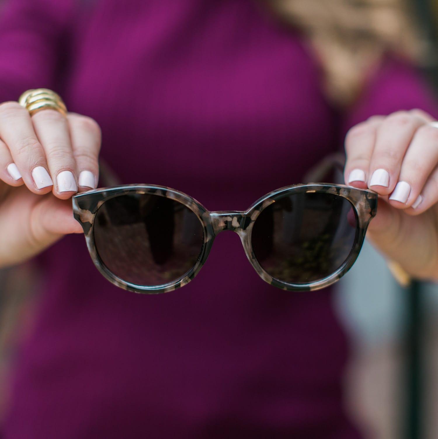 foster-grant-pf-41-retro-round-wayfarer-sunglasses-020