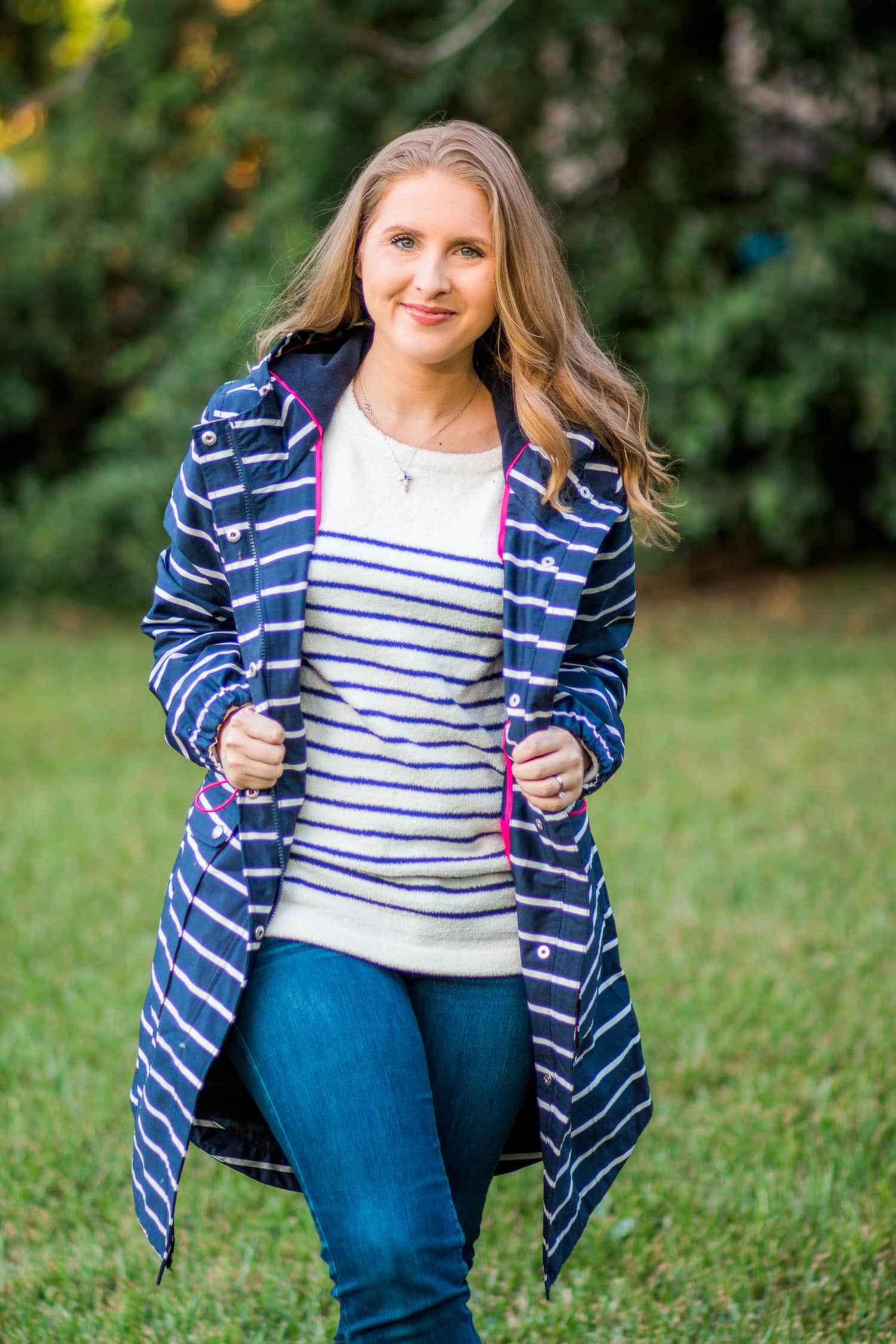 joules-cozy-navy-white-striped-sweater-6595