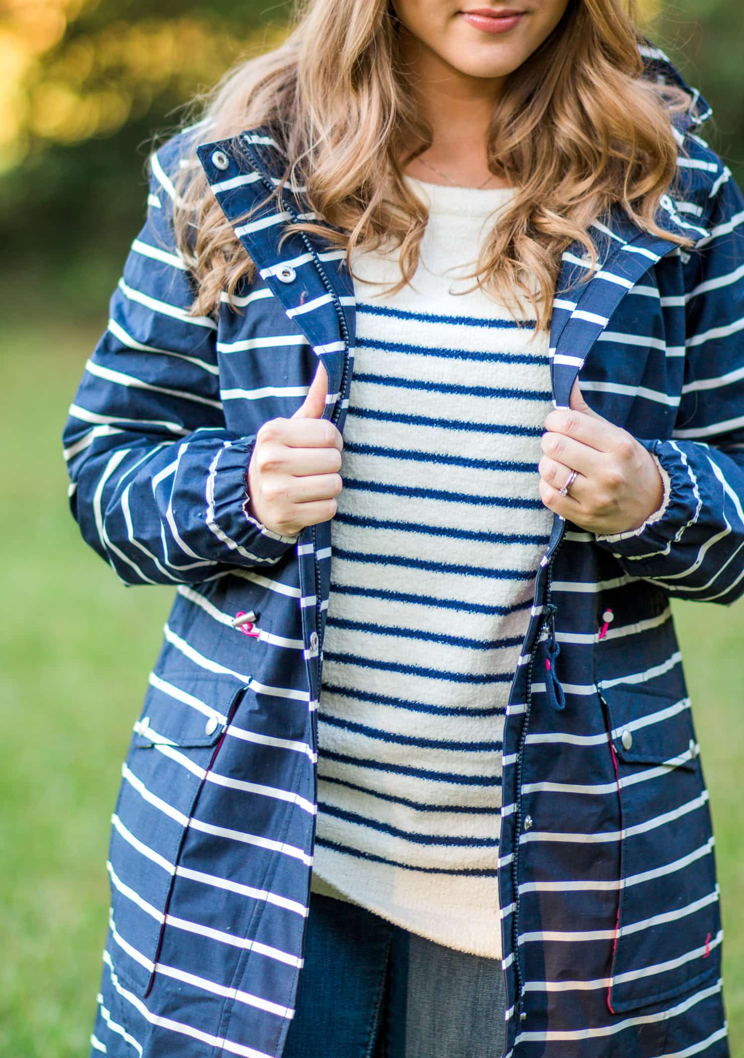 joules-rainboots-bow-striped-raincoat-striped-cozy-sweater-jeans-6550
