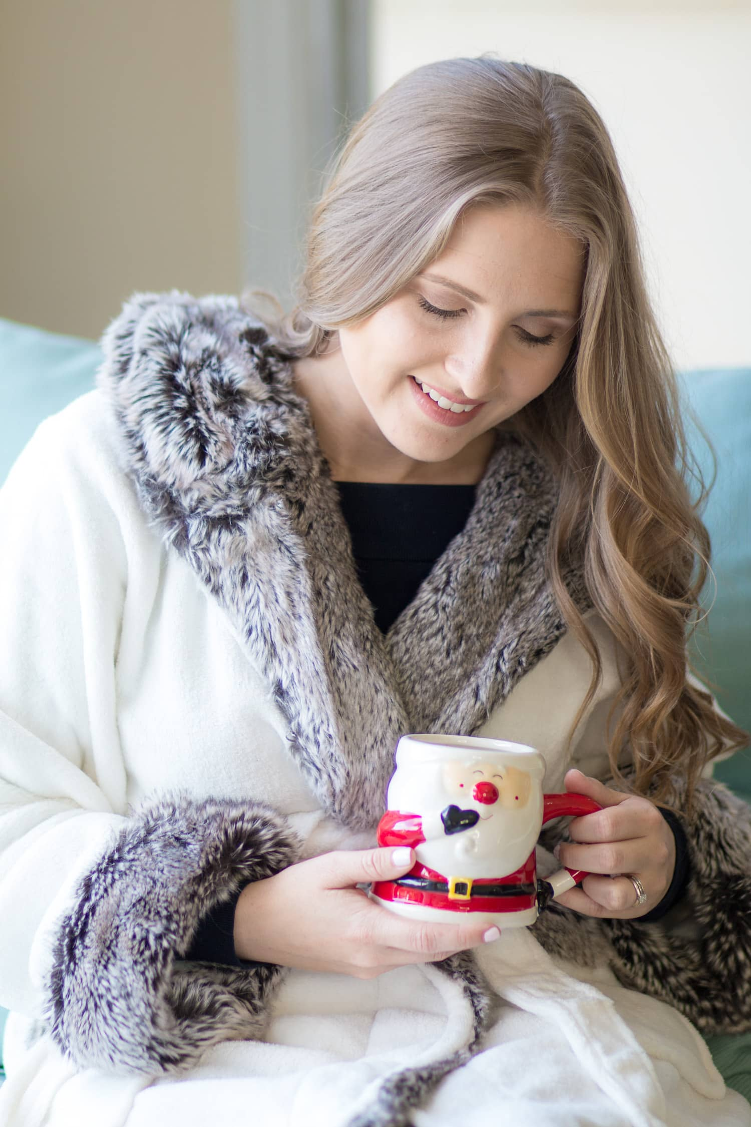 Cozy Holiday Home Decor Ashley Brooke Nicholas