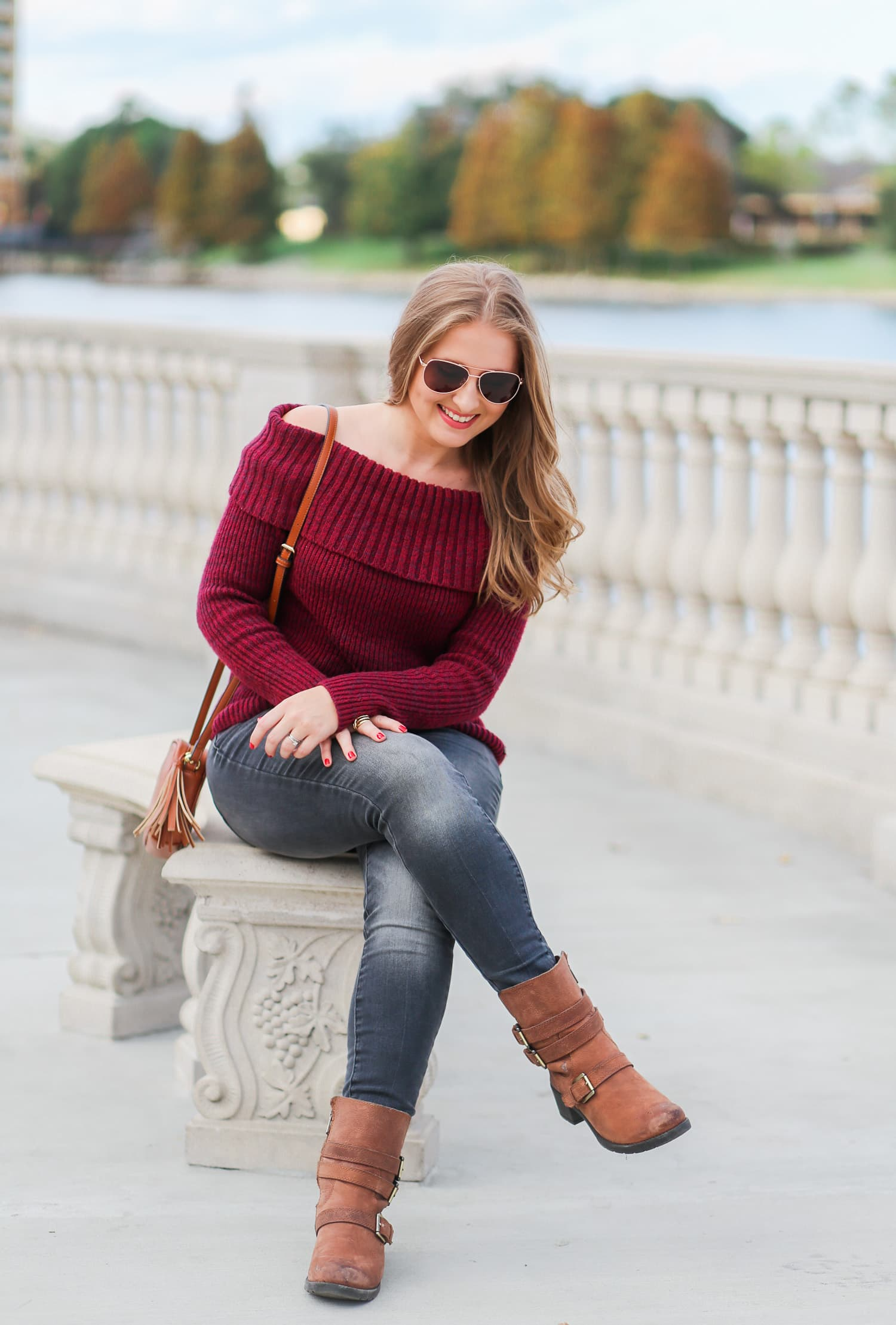 casual-winter-outfit-off-the-shoulder-sweater-gray-jeggins-moto-boots-foster-grant-rose-gold-aviator-sunglasses-7716-2