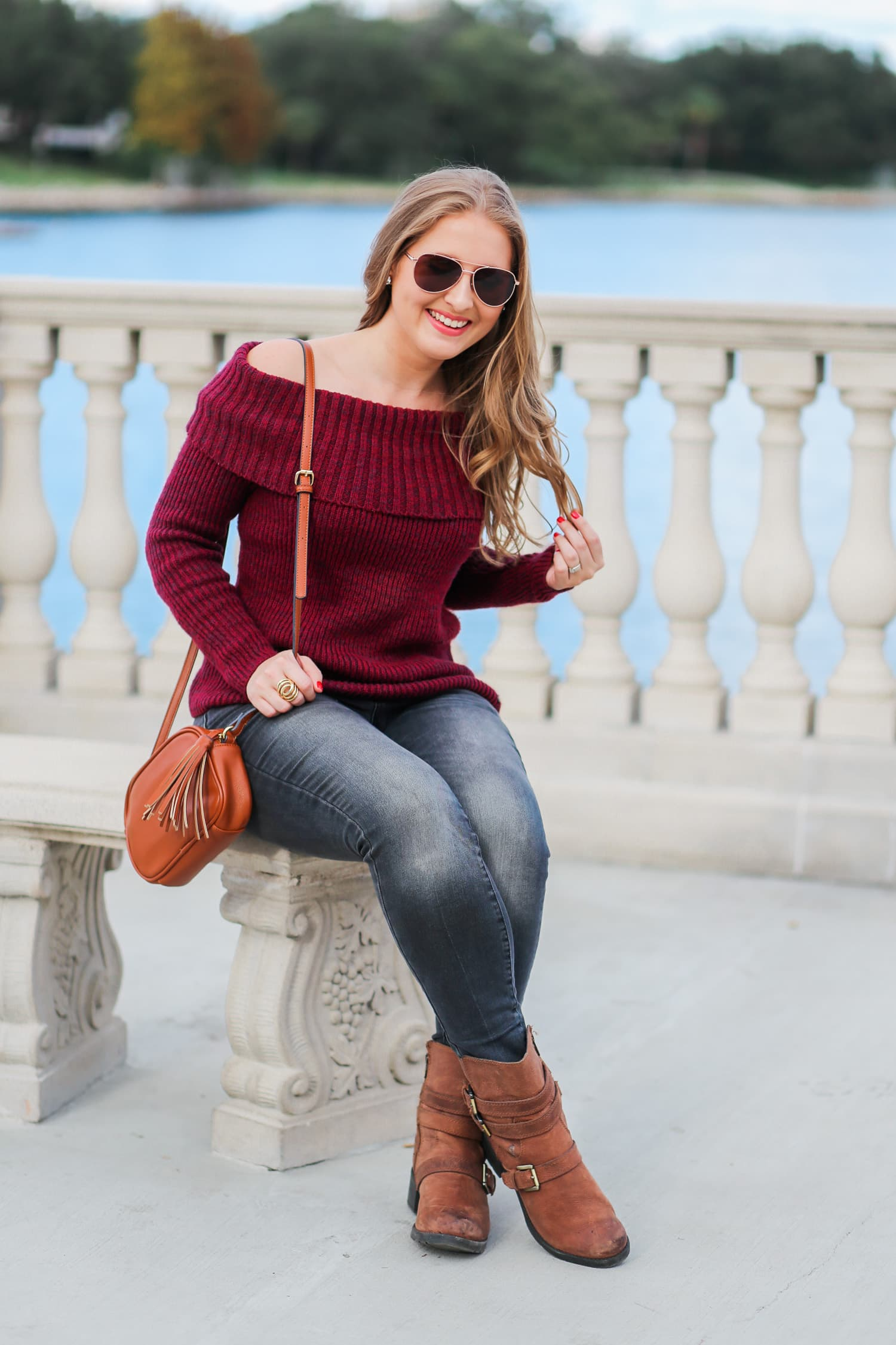 casual-winter-outfit-off-the-shoulder-sweater-gray-jeggins-moto-boots-foster-grant-rose-gold-aviator-sunglasses-7753-3