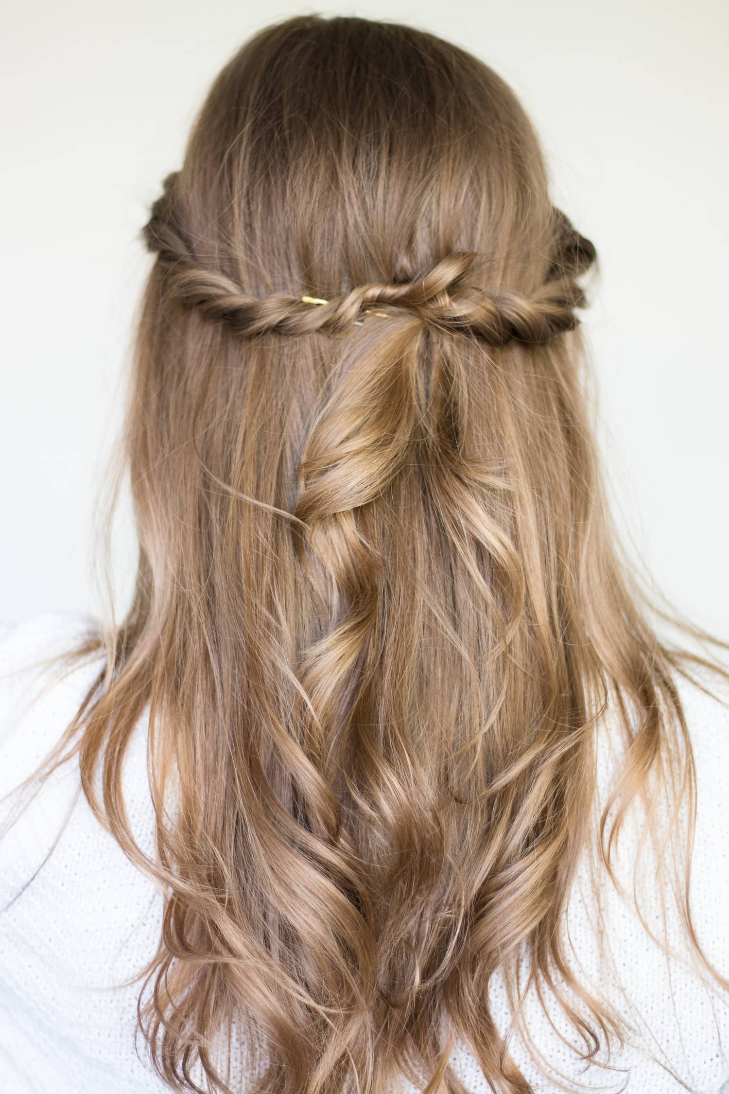twisted-half-up-hair-style-tutorial-pantene-7316
