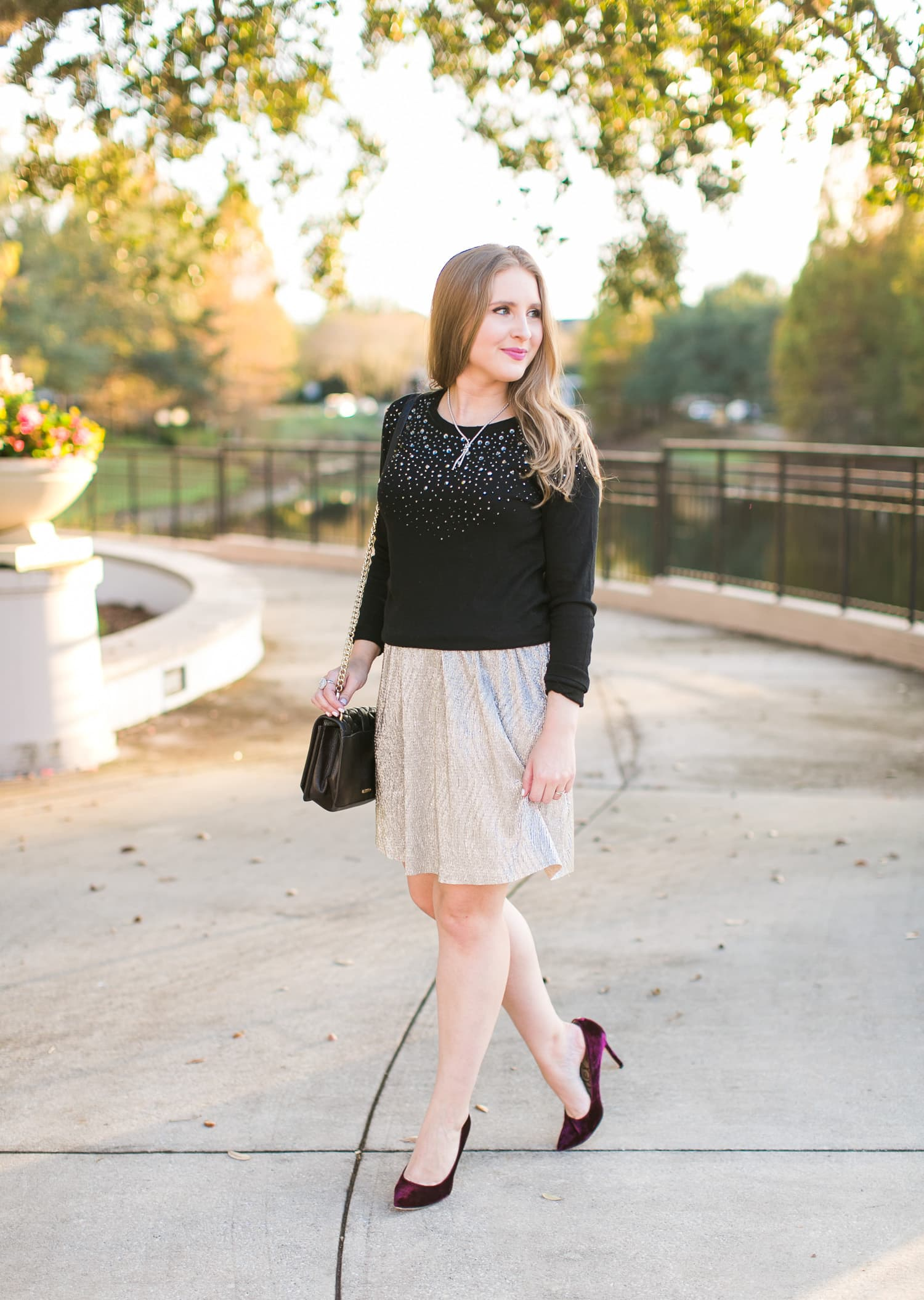 date night golden hour sunset date outfit beautiful woman