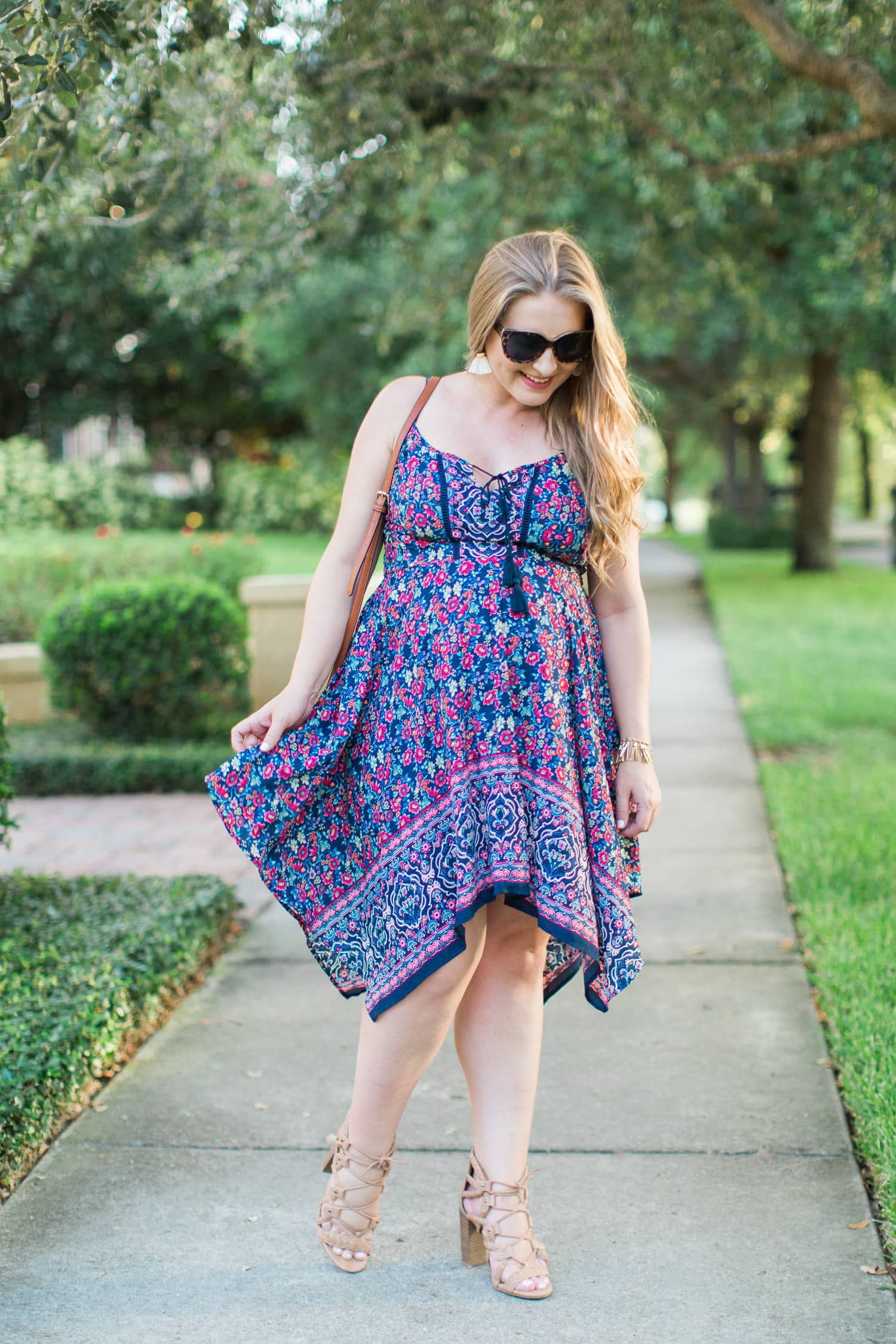 How to build confidence cute summer dress maternity fashion Ashley Brooke Nicholas beauty blogger