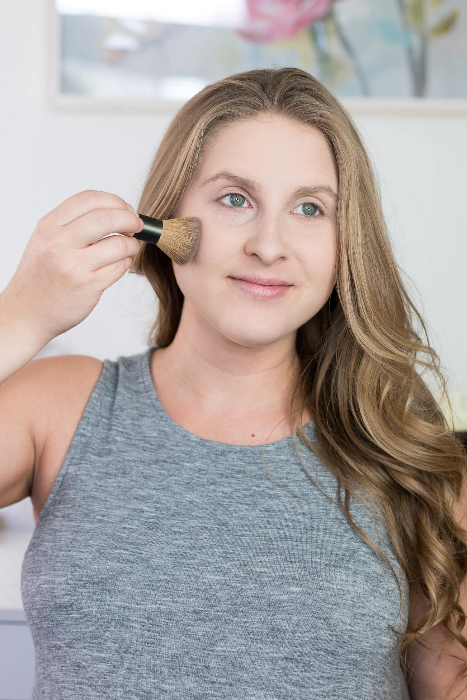 jane-iredale-makeup-tutorial-review-dirty blonde hair beautiful