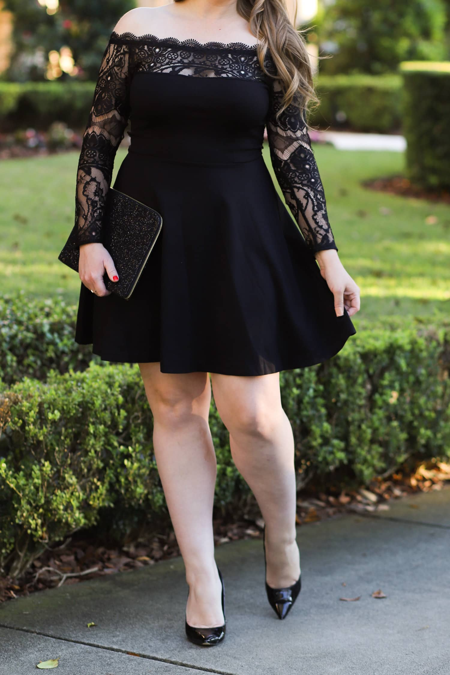 Beauty blogger | holiday glamour outfit black dress | Ashley Brooke Nicholas | Holiday outfit ideas | holiday outfits | black lace dress| holiday hairstyles