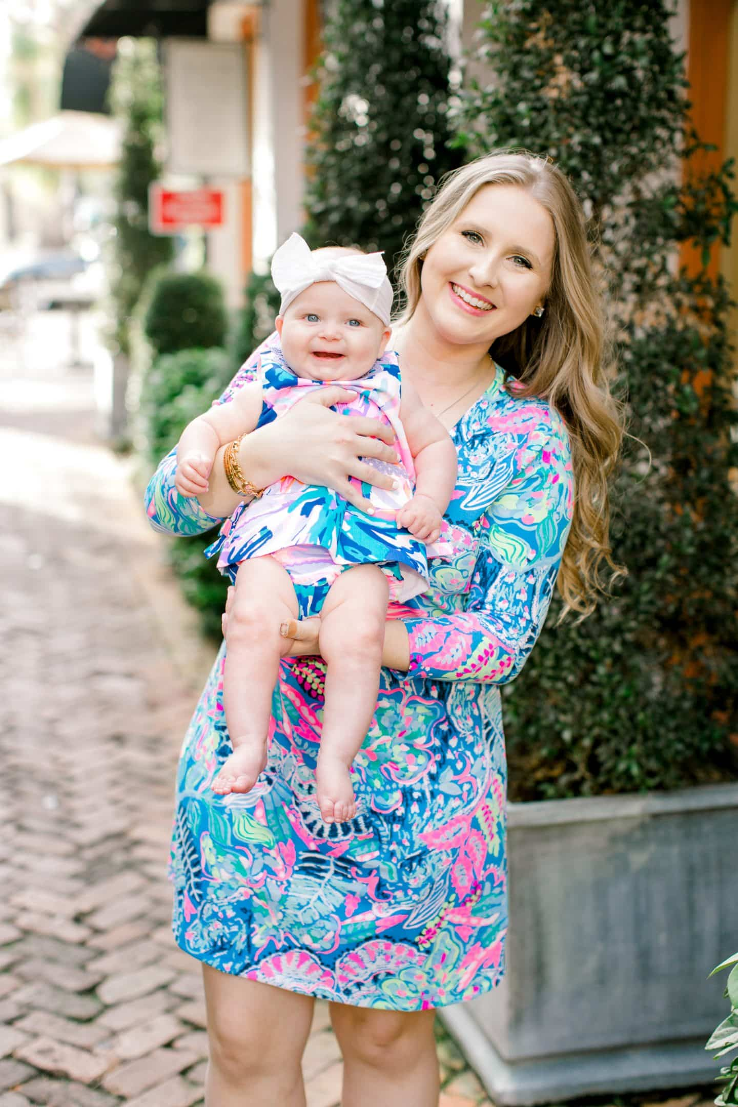 8dfef0489f Is there anything cuter than chubby cheeks and chunky legs in a Lilly  Pulitzer baby shift dress  I don t think so! Summer giggled and kicked her  legs in ...