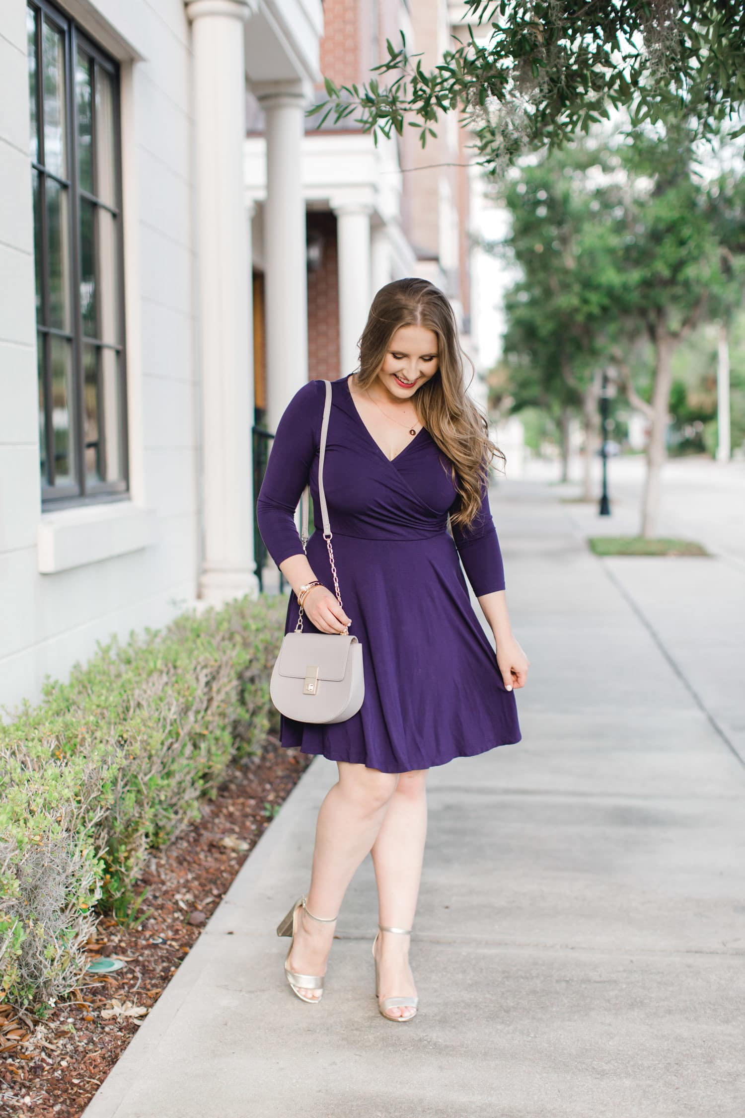 4a094e915cf Managing your wardrobe with a postpartum body can be rough. When your  stomach isn t back to its normal size