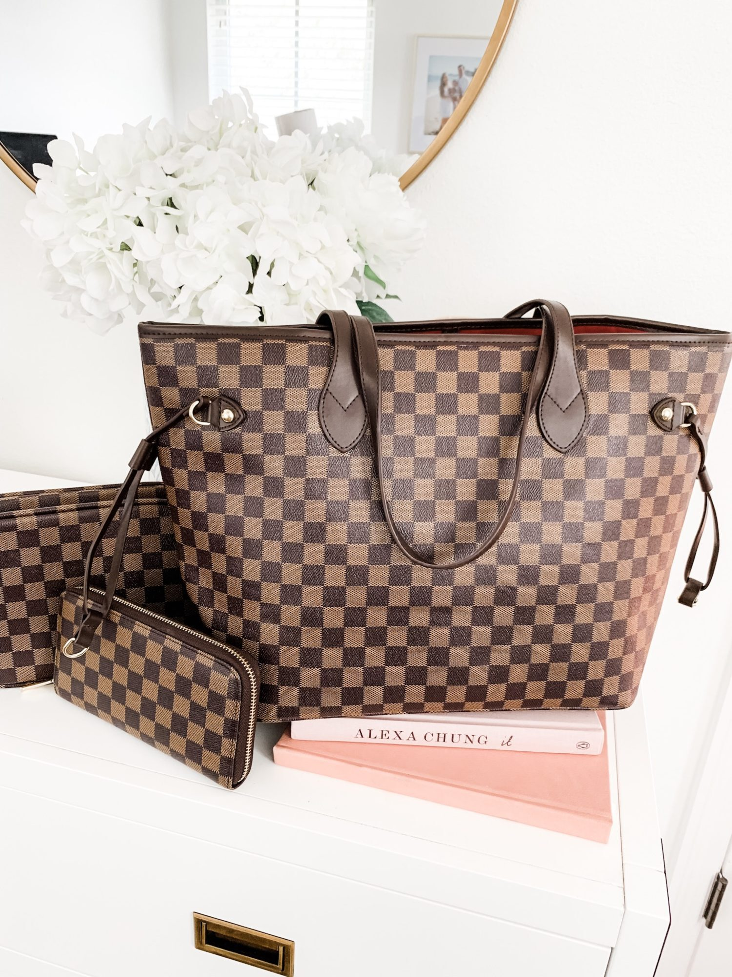 What to Buy On Amazon: the top beauty and fashion bestsellers from Amazon Prime - including the best Louis Vuitton Neverfull dupe under $50 + a matching wallet and makeup bag for under $25! | Orlando, Florida beauty and fashion blogger Ashley Brooke Nicholas