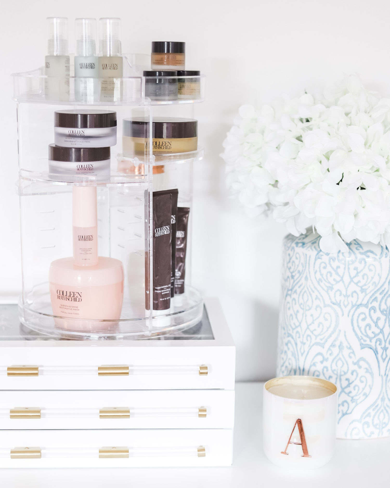 What to Buy On Amazon: the top beauty and fashion bestsellers from Amazon Prime - including this rotating acrylic beauty organizer that's under $25! | Orlando, Florida beauty and fashion blogger Ashley Brooke Nicholas