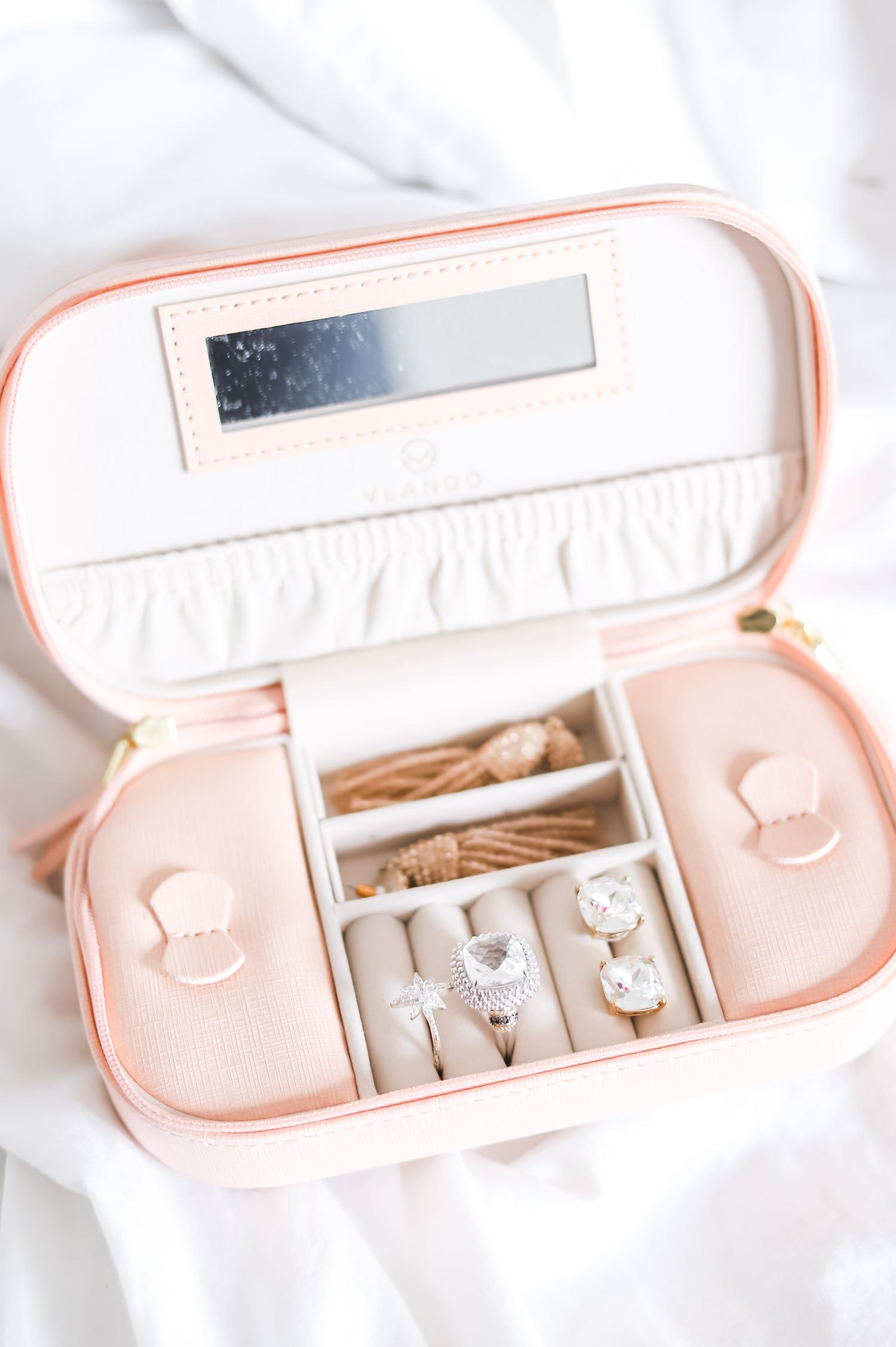 What to Buy On Amazon: the top beauty and fashion bestsellers from Amazon Prime - including the cutest travel jewelry organizer under $20! | Orlando, Florida beauty and fashion blogger Ashley Brooke Nicholas