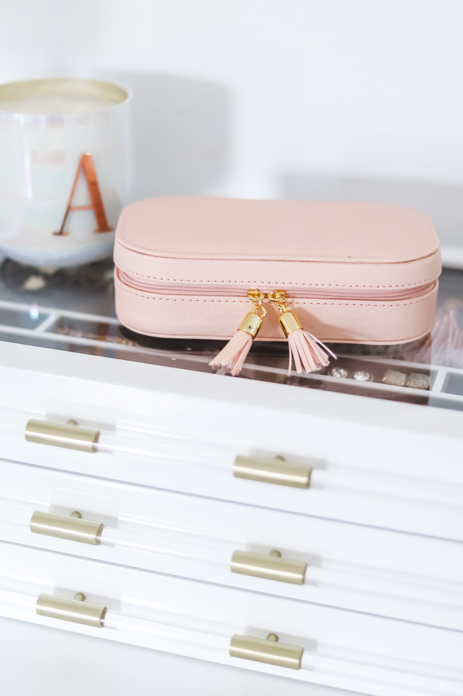 What to Buy On Amazon: the top beauty and fashion bestsellers from Amazon Prime - including the best travel jewelry organizer under $20! | Orlando, Florida beauty and fashion blogger Ashley Brooke Nicholas